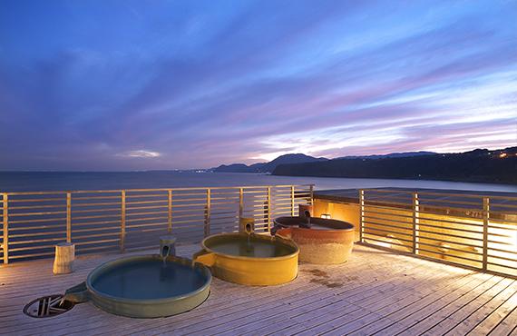 姉妹館「石花海」の絶景大浴場